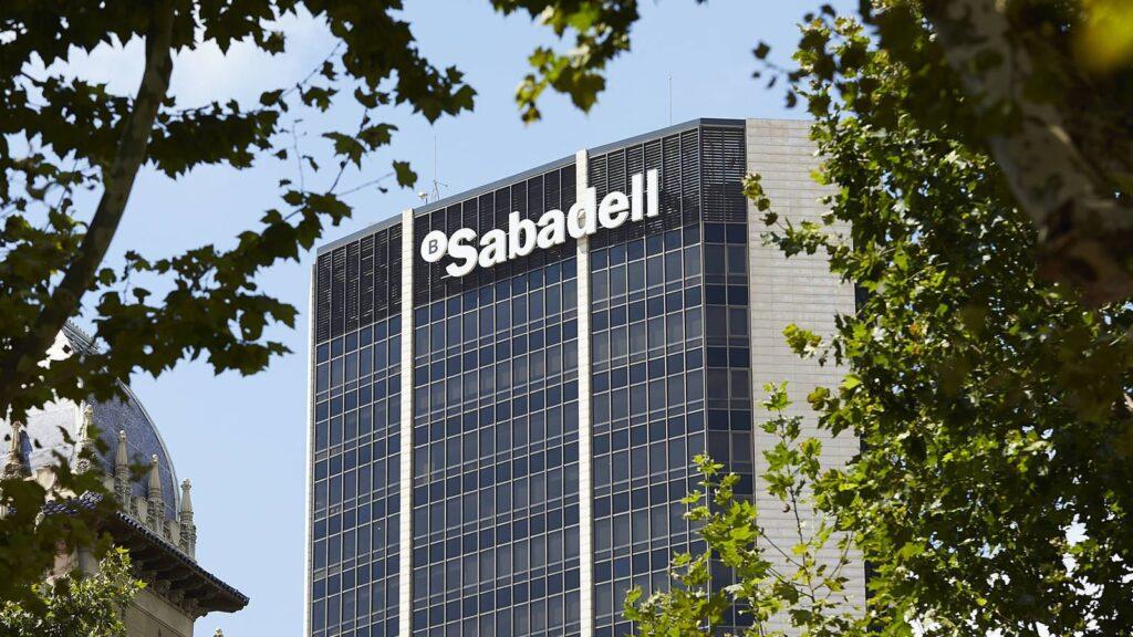 Sabadell podría participar en la siguiente fusión de la banca española