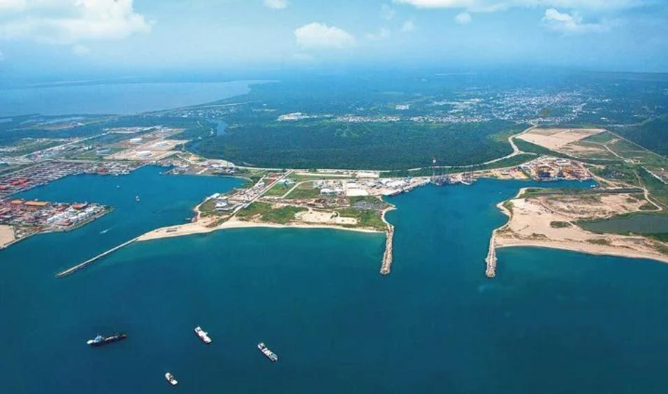 FMI recomienda posponer Dos Bocas; AMLO rechaza recomendación