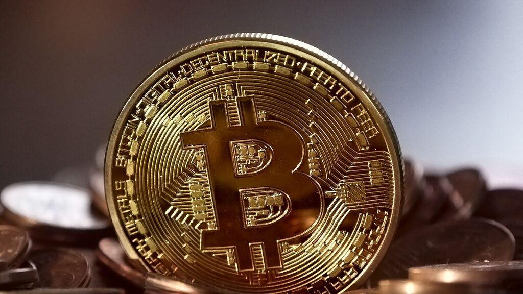 Bitcoin alcanzaría los 22,000 dólares