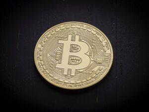 Dominio del mercado de Bitcoin cae por debajo del 56%