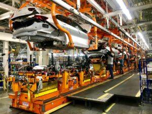 General Motors detiene producción en México y EU