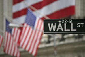 Dow Jones cierra con tercer récord